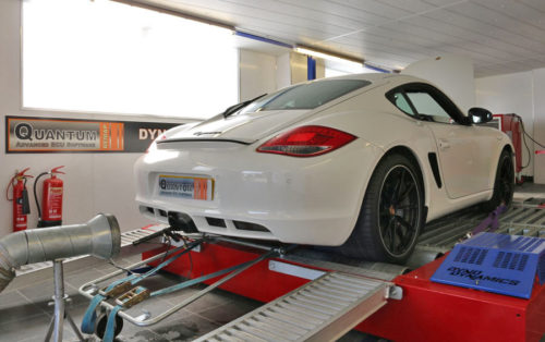 Chip Tuning the Porsche Cayman on a dynamometer